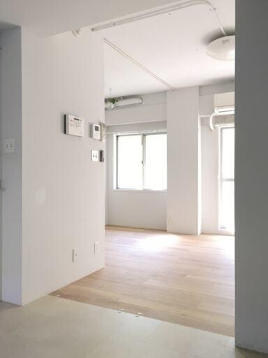 収納を設置する前の室内