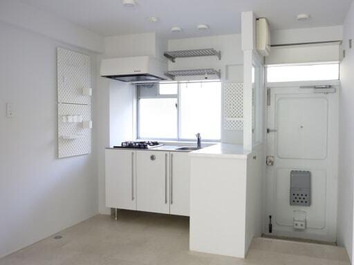 IKEAの収納パーツでグレードアップしたキッチンと玄関