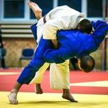 柔道は東京五輪、相撲は五月場所 観戦することを楽しみに