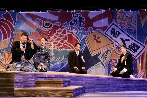 (左から) 福田転球、江口のりこ、⾧塚圭史、大堀こういち 撮影:細野晋司