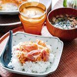 今日の夕飯は丼で決まり。時間がない時でも簡単にサッと作れるレシピ15選をご紹介