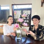美川憲一、藤あや子とのバースデーショット「綺麗な花」