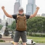 """肩にかかる力を最大86%軽減! 登山やトレランを楽にする""""浮く""""バックパックが登場"""
