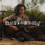 コナン・グレイ、新曲「Astronomy」のアコースティック・パフォーマンス動画公開