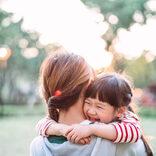 ロンブー淳、娘のハグで窒息寸前 寝かしつけのワザにも共感「高さキープすごくわかります」
