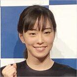 こんな笑顔見たことない!石川佳純、「肉を手にニッコリ」がキュートすぎるッ