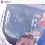 スーパーマンのものまね芸人、迫り来るバスを素手で止めようとする前にはねられる(ブラジル)<動画あり>