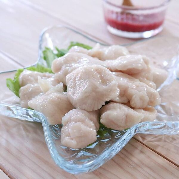 水晶鶏の梅肉ソース