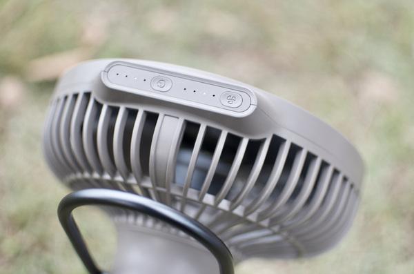 CLAYMORE FAN V600の風量設定ボタン
