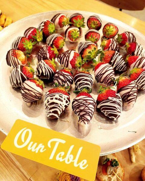 簡単におしゃれなパーティー!可愛い苺チョコ