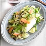 超簡単! サク飯レシピ 第5回 【サク飯レシピ】お茶漬けの素で「野菜炒め+コンビニおにぎり」