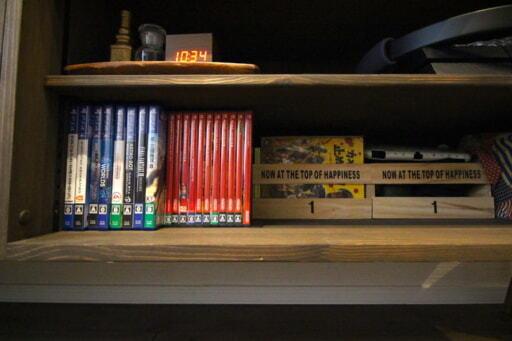 テレビボートには据え置き型のゲーム機やゲームソフト、DVDをまとめて収納