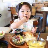 離乳食が完了する1歳半以降、登園前のバタバタ朝食をラクにするメニュー3選