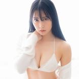 NMB48 白間美瑠、大人セクシーな姿を見せる 「スピリッツ」表紙登場