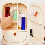 【SNSバズりアイテム】海外セレブの間でも話題の『PINKTOP コスメ冷蔵庫』をおためし! 気になる使い勝手や収納力は?
