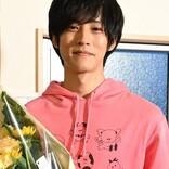 """松坂桃李の""""母の日""""サプライズに親子ファン感激「こんなに大きな花束を…」"""