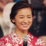 尾野真千子、「Fバスト口技」熟テクの圧巻!(2)撮影時は必ずベージュの肌着