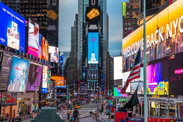 NYC タイムズスクエア