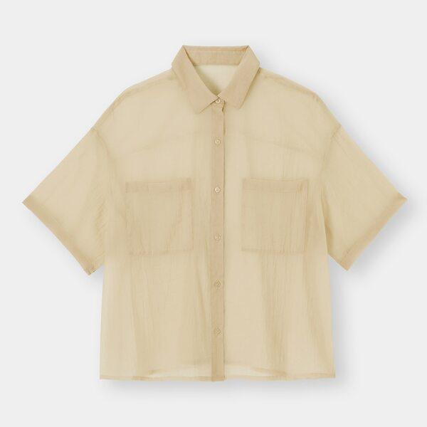 GUのシアーオーバーサイズシャツの写真