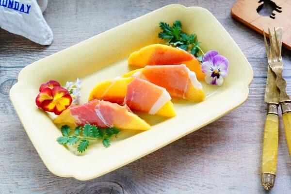 旬のマンゴーで楽しむ夏のお手軽エイジングケア3