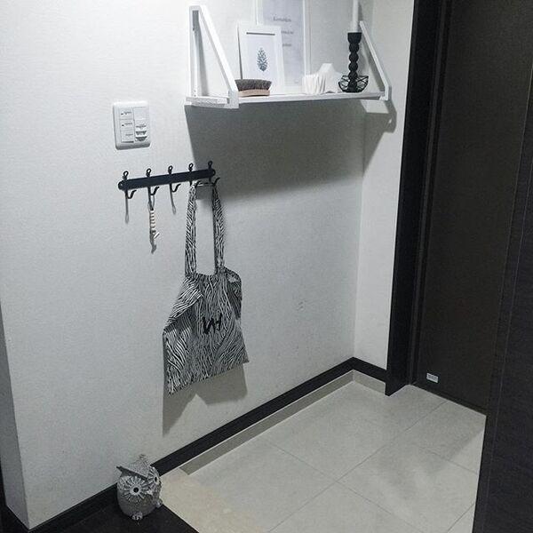 壁面収納を活用したコーディネート実例