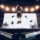 【2021 iHeartRadio Music Festival】ビリー・アイリッシュ/コールドプレイ/マルーン5/デュア・リパなどの出演決定