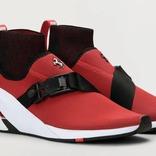 プーマとフェラーリ、名車SF90をスニーカーのデザインに融合した「ION F」を発表