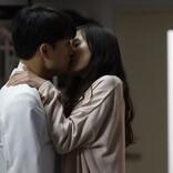隆治(白濱亜嵐)×くるみ(恒松祐里)、暗がりでキス…『泣くな研修医』