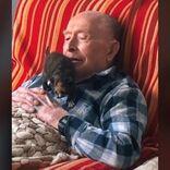 100歳になったおじいさんに子猫を贈ったら? 「愛しすぎる」