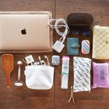 【バッグの中身】パパッと仕事をこなす女性起業家の必需品12選