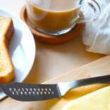 【ダイソー使用ルポ】冷たいバターも溶けやすく「ふわっとバターナイフ」