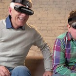 映画館並のド迫力映像を満喫!?近視でもメガネ要らずな超美麗3Dヘッドマウントディスプレイ