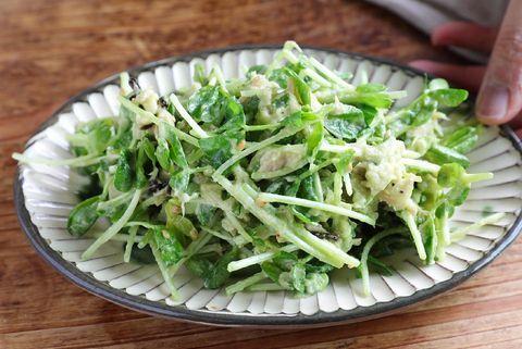簡単レシピ!豆苗のアボツナ塩昆サラダ