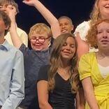 卒業式で勝手に踊り始めた小学生を先生が大絶賛 「レジェンドだ」「最高」