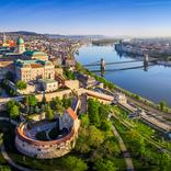 【世界の絶景クイズ】川の写真から推察!ここはどこの国でしょう?
