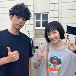 永野芽郁、「ハコヅメ」で渡辺直美のブランドシャツを着用!