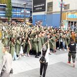 妻夫木聡、聖闘士星矢姿でアジアのスターとダンス! コロナ禍前の東京で大規模撮影