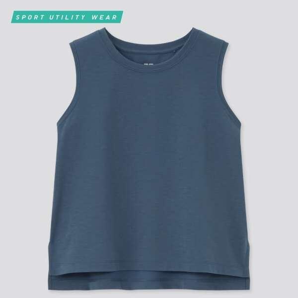 ユニクロのノースリーブTシャツ