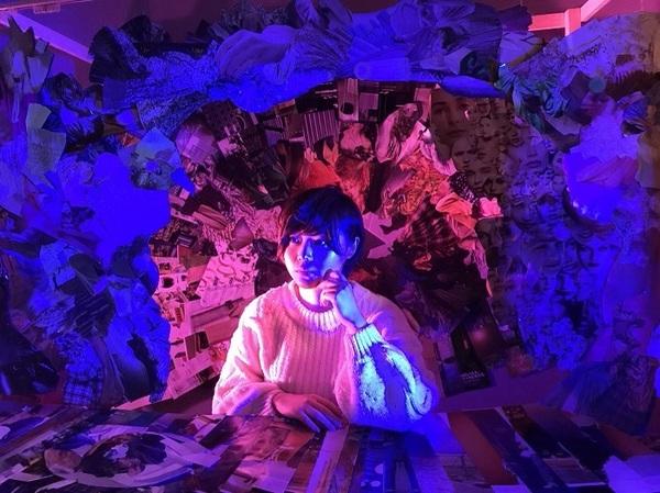 『1.Block.Planet.3-the blue bird!-』(2021年)は映像作品として発表。 (C)ユリイカ百貨店