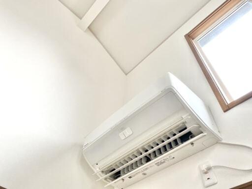 動作確認とほこりの清掃をかねてエアコンを動かす