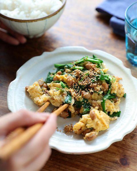 ボリューム満点の簡単ニラ玉納豆