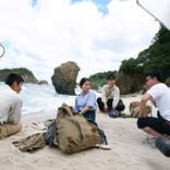 """柳楽優弥・有村架純・三浦春馬、""""奇跡のブルー""""の海で撮影の合間も笑顔"""