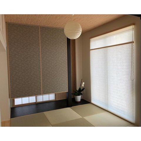 正方形の縁なし畳が魅力の和モダン和室実例