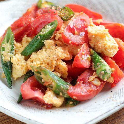 トマトとオクラのふわたま炒め