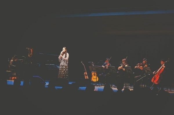 『手嶌葵15th Anniversary Concert ~Piano & Strings Quartet~』 (C)大川晋児