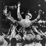 """名将・広岡達朗が誓った""""巨人への復讐""""。最弱球団を率いて2年半で達成"""