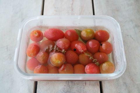 包丁要らずで簡単!トマトのピクルスレシピ