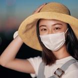 マスクを外したくない男女のホンネ。夏の炎天下でも「着けたい」女子大生は