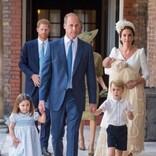 英王室伝統の洗礼着 女王のドレスメーカーが苦悩の末紅茶で染めて完全再現