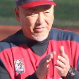 清原和博、プロ野球選手OBで記録 銀の盾に「無冠の帝王が…!」と喜び